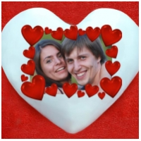 Подушка с Вашим фото с сердечками